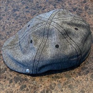 Golfer gray hat